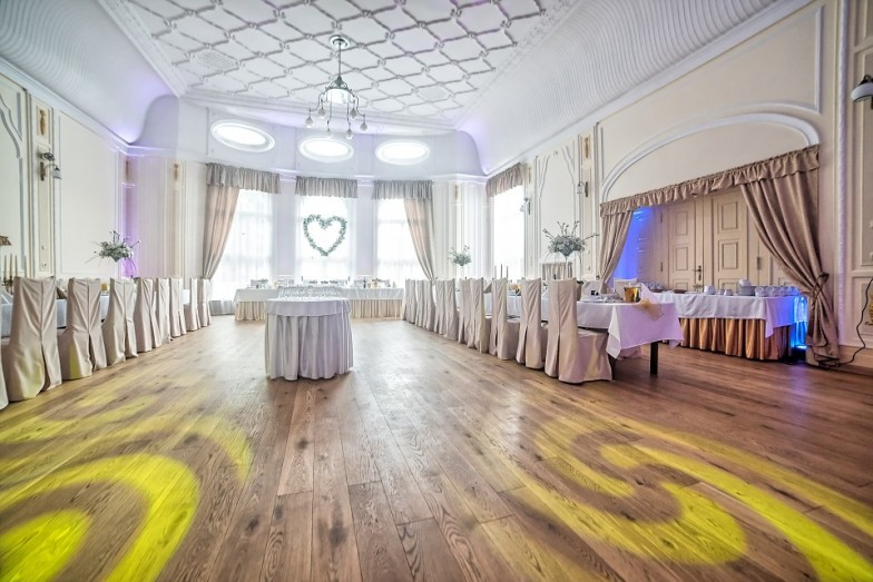 Then Let Our Professionals At Country Kitchen Catering Help You Plan And Coordinate The Event Smoothly Experts Are Committed To Assist Every Step Of